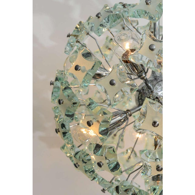 Contemporary 1960's Italian Green Glass Sputnik Chandelier For Sale - Image 3 of 8
