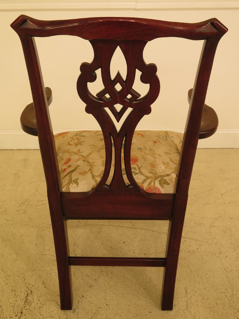 2000s Henkel Harris Model #102 Mahogany Dining Room Chairs   Set Of 6 For  Sale