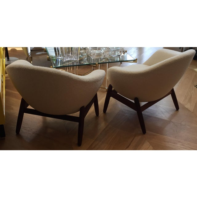 "Bovenkamp Mid-Century Ib Kofod-Larsen ""Pot"" Chairs- a Pair For Sale - Image 4 of 10"