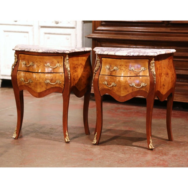 Vintage Louis XV Burl Walnut Bombe Nightstands Chests With Marble Top - a Pair For Sale - Image 4 of 11