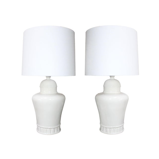 James Mont 1970's Oversized Hollywood Regency White Ceramic Table Lamps in the Manner of James Mont - a Pair For Sale - Image 4 of 4