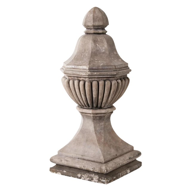 1920s Vintage Stone Finials - a Pair For Sale