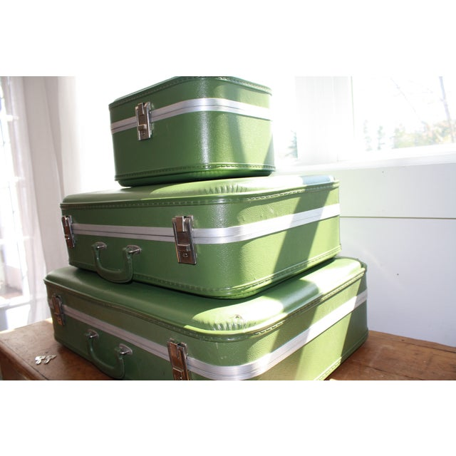 Vintage 3-Piece Nesting Suitcases - Image 4 of 11