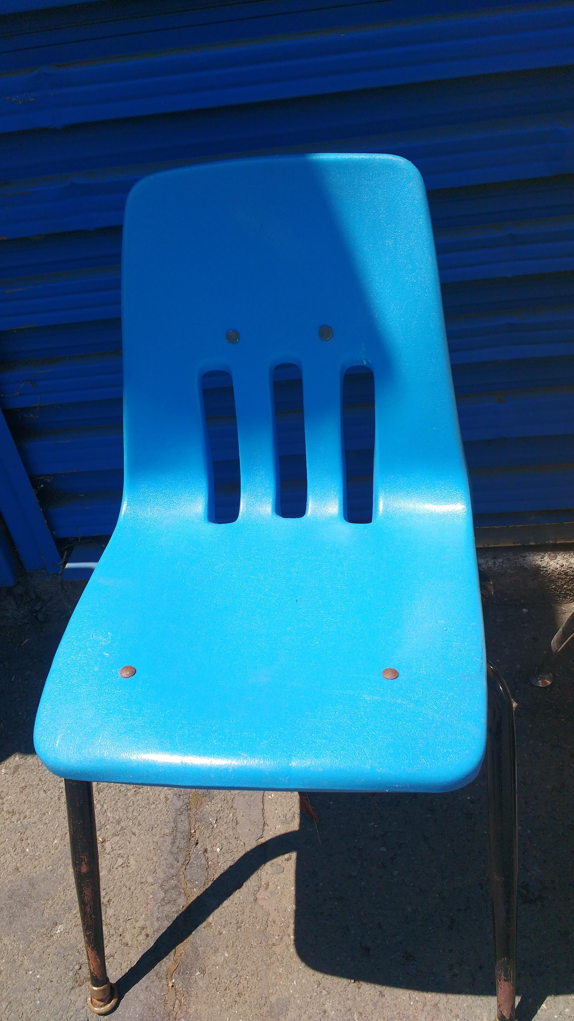 Virco Los Angeles Stacking Chairs   Set Of 4   Image 5 Of 6