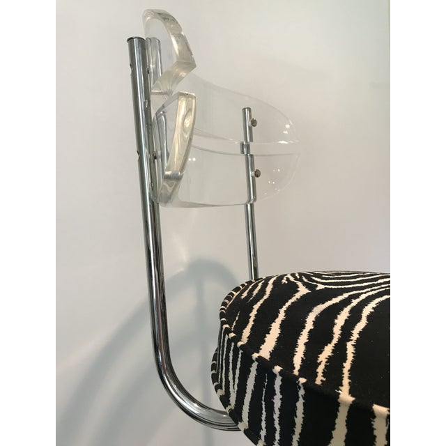1970s 1970s Modern Glam Lucite & Chrome Bar Stools - Set of 5 For Sale - Image 5 of 13