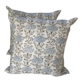 "Lisa Fine ""Samode"" Linen Pillows- a Pair For Sale"