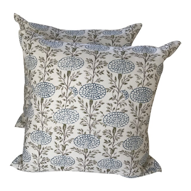 "Lisa Fine ""Samode"" Linen Pillows- a Pair For Sale"
