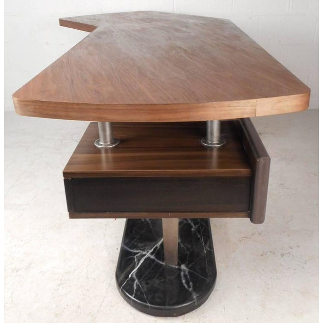 Mid-Century Modern Boomerang Desk For Sale In New York - Image 6 of 11