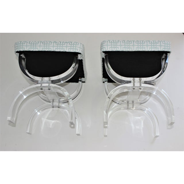 Hollis Jones Style Lucite U Benches Stools 1940s - Newly Upholstered - a Pair For Sale - Image 10 of 12