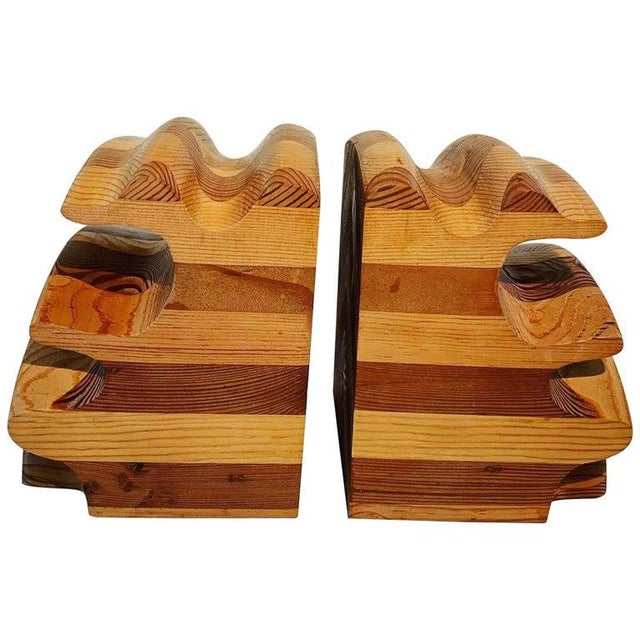 Mid 20th Century Pair of Wood Bookends in the Manner of Don Shoemaker For Sale - Image 5 of 5
