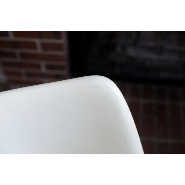 Knoll Associates Saarinen Tulip Chairs - A Pair For Sale - Image 11 of 11