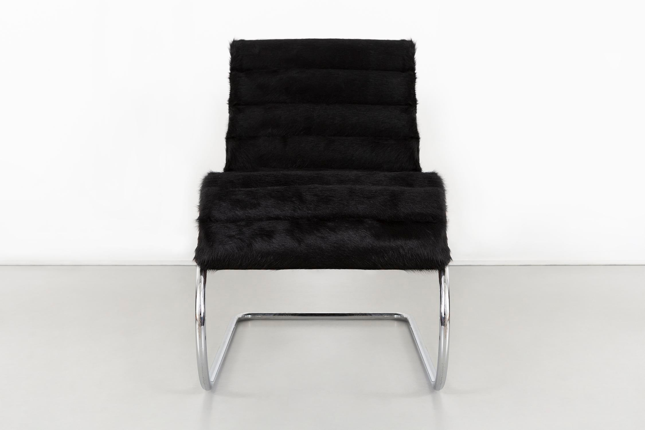 Mies Van Der Rohe Mr Chaise For Knoll Reupholstered In Brazlian Cowhide For  Sale In Chicago