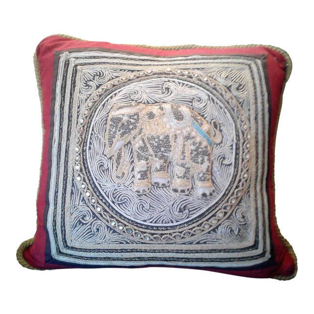 A Set of Vintage Oriental Hand Beaded Pillow With a Royal Elephant. For Sale