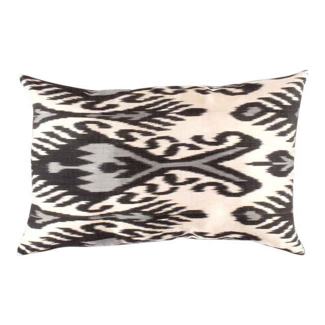 Contemporary Contemporary Pasargad Oasis Collection Silk Velvet Ikat Pillow For Sale - Image 3 of 3