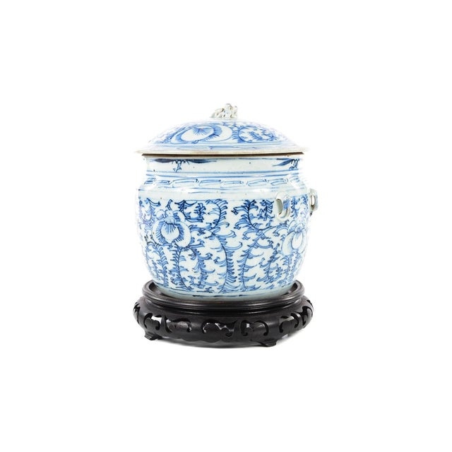 Chinese Chinese 19th C. Blue & White Porcelain Ginger Jar With Stand For Sale - Image 3 of 9