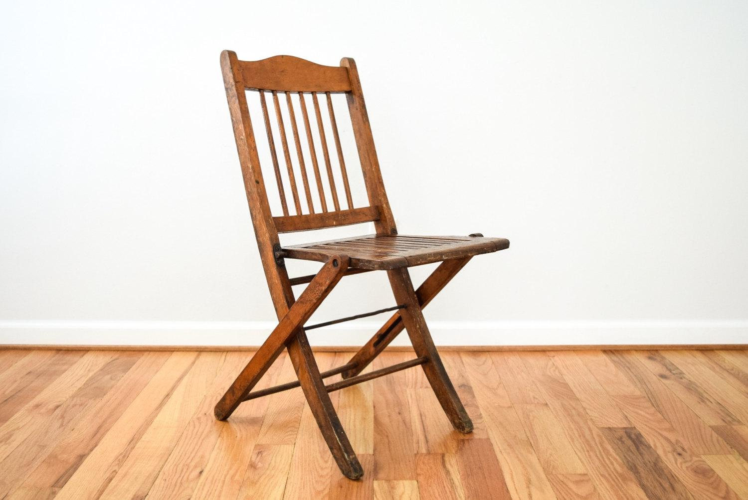 Antique Folding Chair Circa Early 20th C. U2022 Classic Theater Or Deck Style.