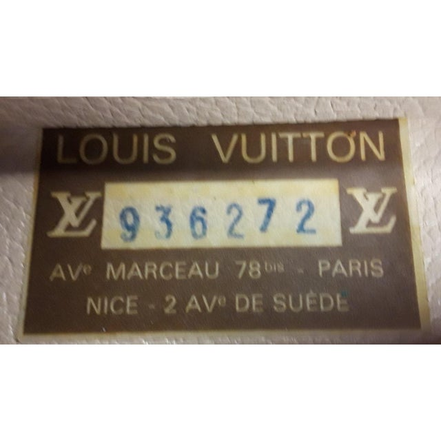 1980s Vintage Louis Vuitton Monogram Cosmetic Travel Train Case For Sale In West Palm - Image 6 of 7