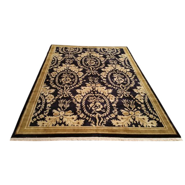 Traditional French Style Hand Made Knotted Rug - 6x9 For Sale