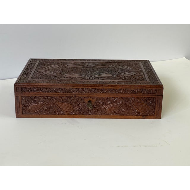 English Early 20th Century Wooden Carved Box For Sale - Image 3 of 13