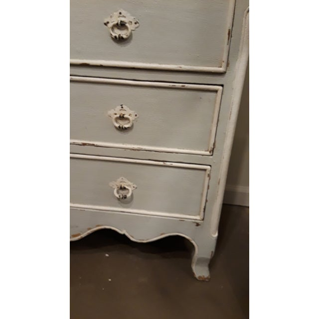 French Blue and White Painted French Four Drawer Chest Commode For Sale - Image 3 of 7