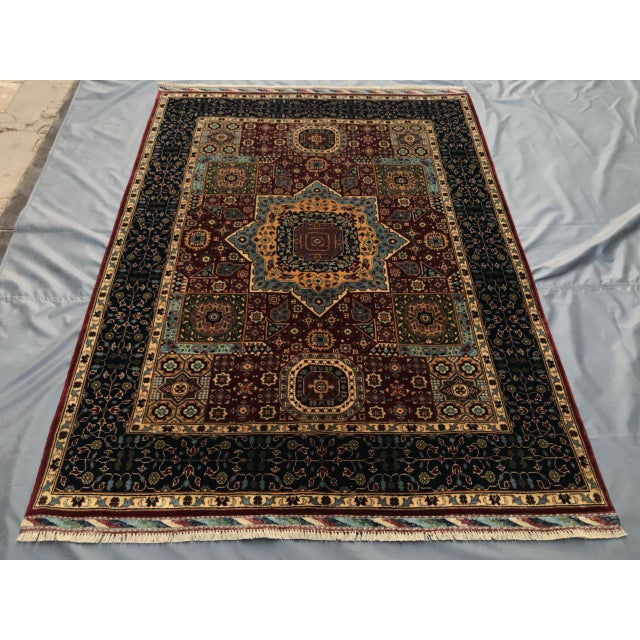 High quality hand knotted Persian Rug 100% wool in perfect condition