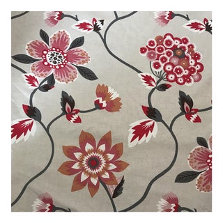 Gaston Y Daniela Floral Fabric - 6 Yards