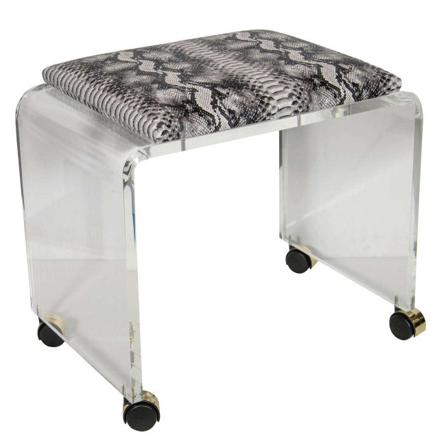Mid-Century Modernist Waterfall Form Lucite Stool with Faux Python Upholstery For Sale In New York - Image 6 of 6