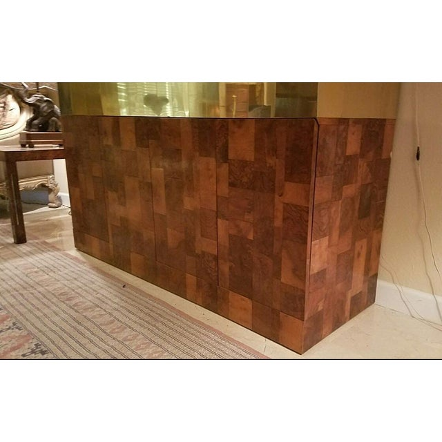 Directional Paul Evans Patchwork Burl & Brass Breakfront Bar For Sale In Miami - Image 6 of 11