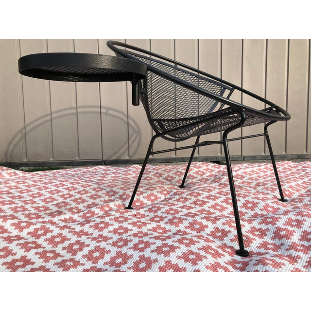 1950s Salterini Tempestini Radar Space Age MCM Mid-Century Modern Wrought Iron Lounge Patio Chairs With Tray Set #4 - a Pair For Sale - Image 6 of 13