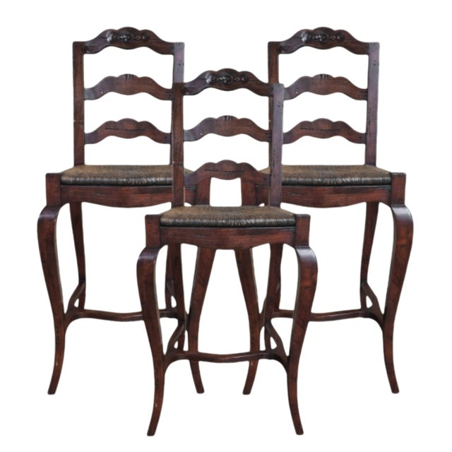 1990s Vintage French Provincial- Style Rush Seat Bar Stools- Set of 3 For Sale