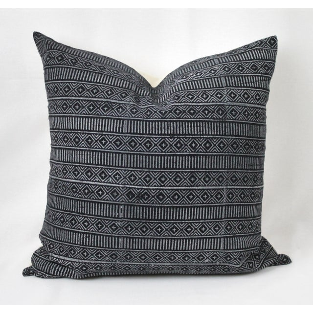 Vintage Geometric Patterned Pillow For Sale In Los Angeles - Image 6 of 12