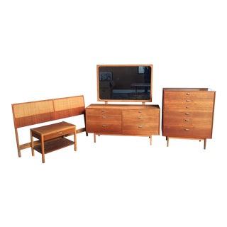 Danish Modern Dresser Bedroom Set For Sale