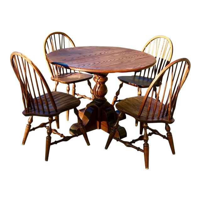 Vintage Round Oak Table With Four Windsor Chairs - Dining Set - Image 1 of 11