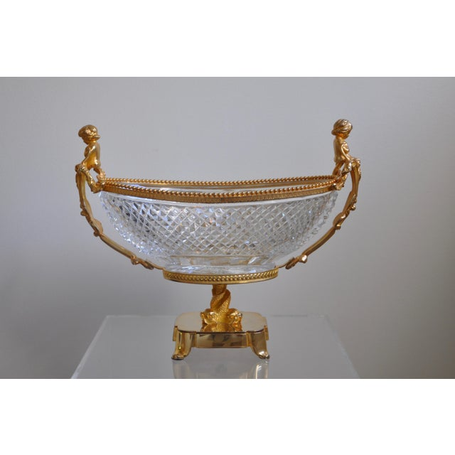 A magnificent Cristal Martin Bénito, Jardiniere (planter) in true crystal. Handmade and entirely hand carved in the Bénito...