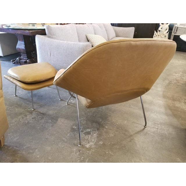 1950s Saarinen Tan Leather Womb Chair & Ottoman For Sale - Image 5 of 11