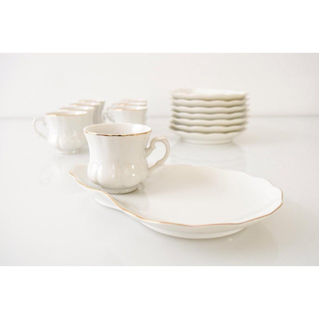 Mid-Century Modern Vintage White with Gold Trim Plate & Cup Snack Set - Set of 16 For Sale - Image 3 of 6