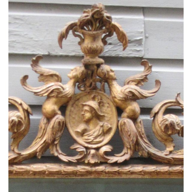Italian 18th Century Italian Venetian Rococo Giltwood Mirror with Chinoiserie Details For Sale - Image 3 of 7