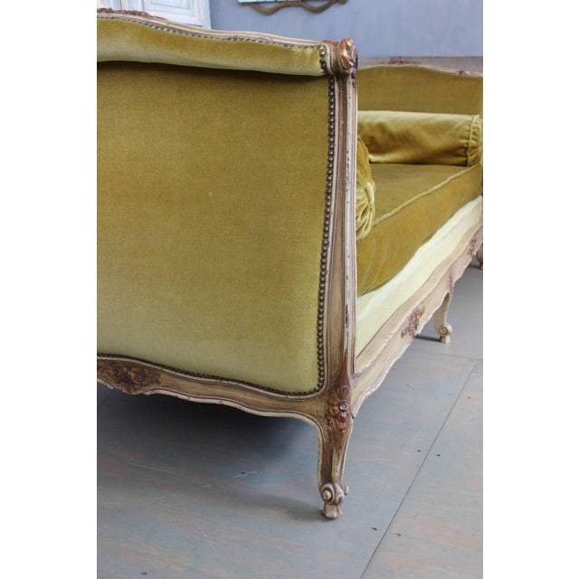 Early 20th Century French Early 20th Century Louis XV Style Daybed For Sale - Image 5 of 10