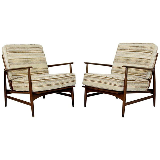 Mid-Century Modern Pair of Kofod-Larsen Selig Lounge Armchairs Denmark, 1960s For Sale - Image 11 of 11
