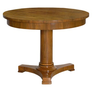 19th Century Austrian Biedermeier Walnut Antique Round Center Table For Sale