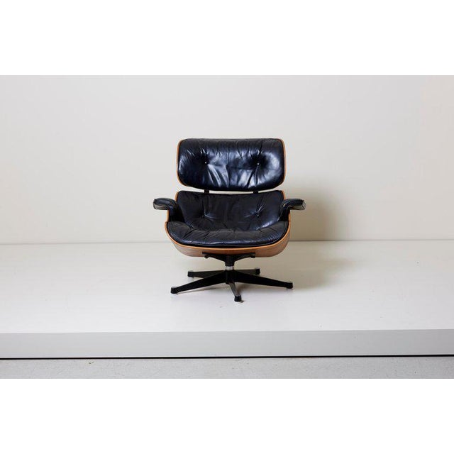 Mid-Century Modern Classic Lounge Chair by Ray and Charles Eames for Herman Miller, 1970s For Sale - Image 3 of 12