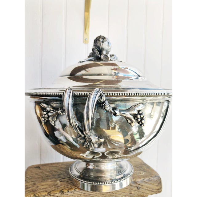 Antique Christofle Silver Tureen With Armorial Engraving For Sale In New York - Image 6 of 13