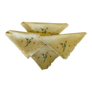 Vintage Yellow Embroidered Linen Cocktail Napkins, Set/4 For Sale