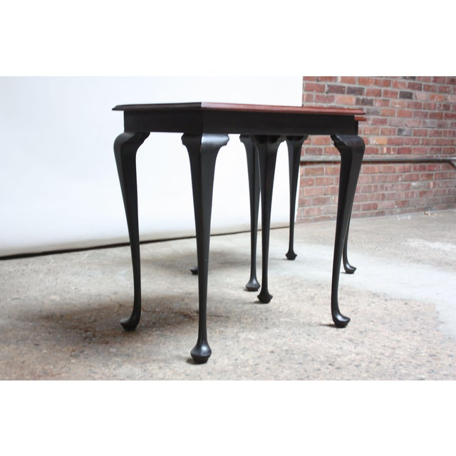 Chippendale Pair of Mahogany and Ebonized Walnut Chippendale-Style Tall End Tables For Sale - Image 3 of 13