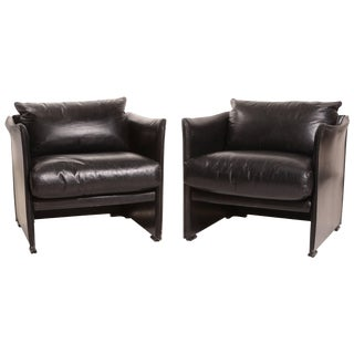 Pair of Black Leather Armchairs by Vico Magistretti for Cassina For Sale
