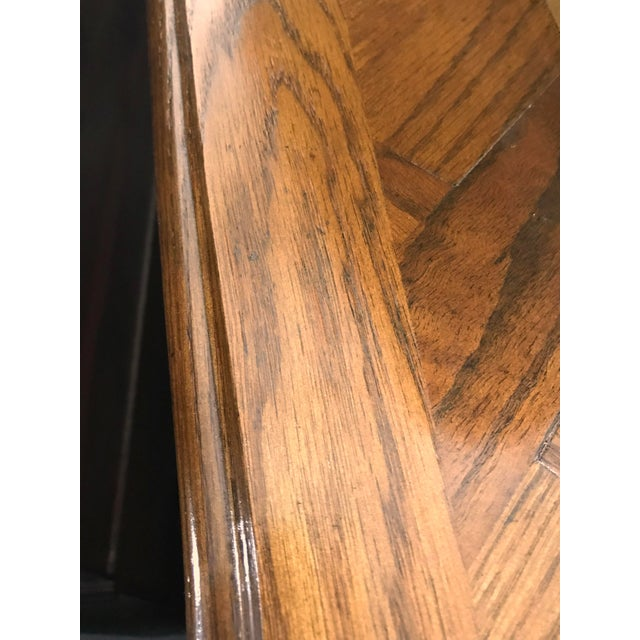 French Provincial Oak Dining Table - Image 9 of 9