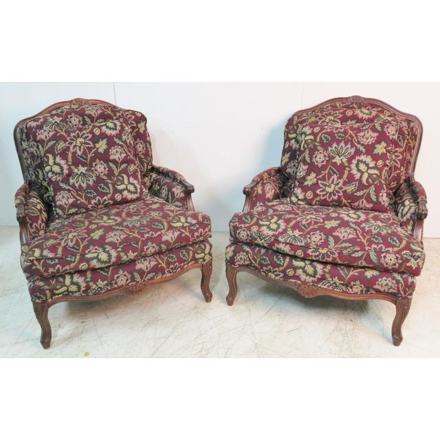 Louis XV Style Walnut Bergeres With Ottoman - Set of 3 For Sale In Philadelphia - Image 6 of 7