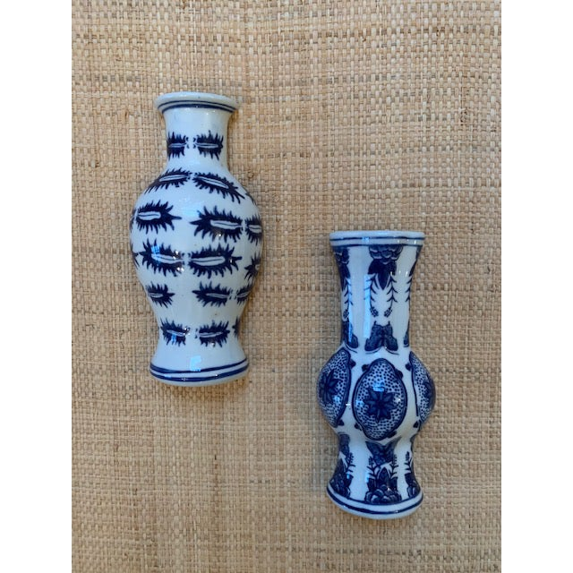 1980s Chinoiserie Blue and White Wall Pockets - a Pair For Sale - Image 5 of 5