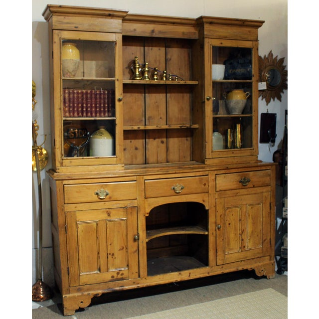 Traditional Pine Dresser For Sale - Image 3 of 8