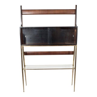 Sculptural Italian Mid-Century Modern Ètagére in Handrubbed Walnut and Brass